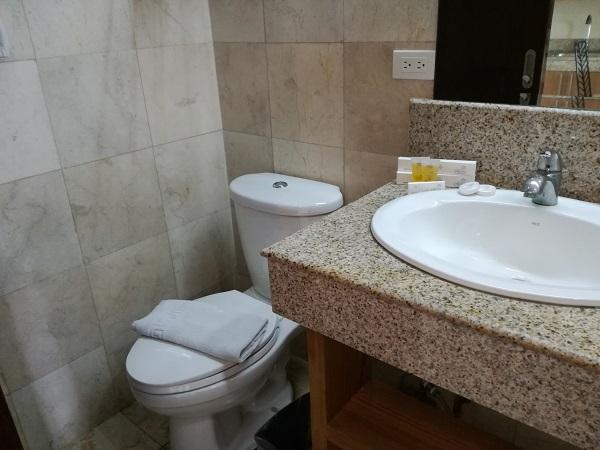トイレとシャワーが独立型