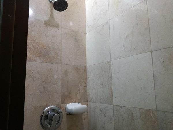 第2寮のシャワールーム
