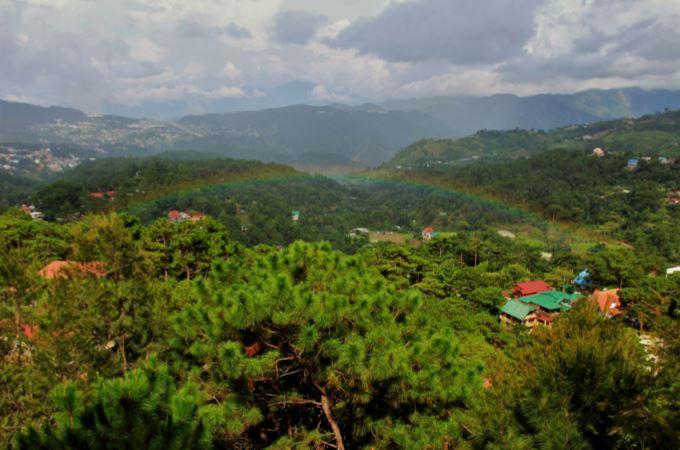 学生寮から広がるバギオの景色