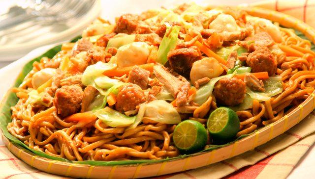 留学中に絶対食べたい!本当に 美味しいフィリピン料理 10選!
